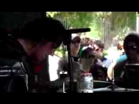 PARAMORE - emergency (live @ warped tour) punkvideoguys.org