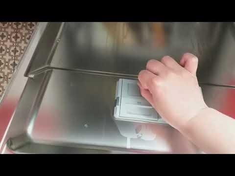 Обзор посудомоечной машины Hotpoint Ariston HIO 3c22 W. Схожая модель HIO 3C23 WF