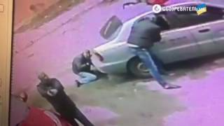 Разбой в Киеве: видео с камеры наблюдения