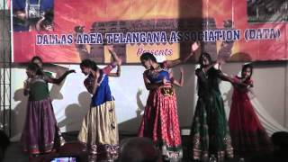 Shanti Nuthi gari students perform for Pardes song