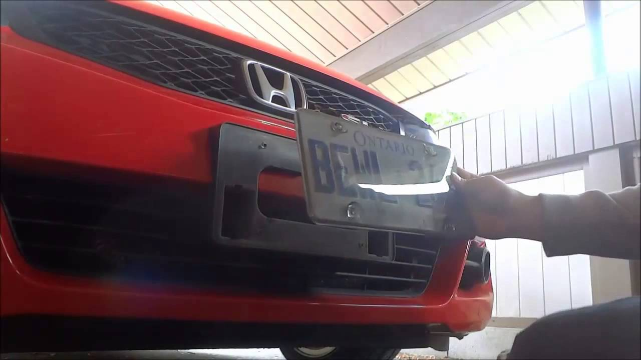 How To Install A Licence Plate Cover On Your Car Youtube