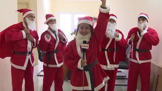 Một ngày làm việc của dịch vụ Ông Già Noel tặng quà   Ông Già Noel Việt   LaoDongTV
