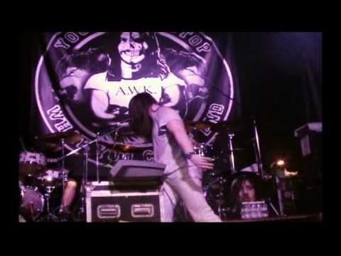 Andrew W.K. - Long Live The Party (Live on DVD)