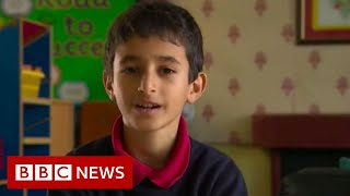 Syrian refugee children embrace love of Welsh language - BBC News