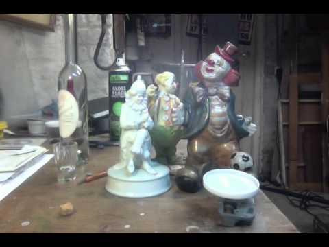 Musical Toy moving past Clowns