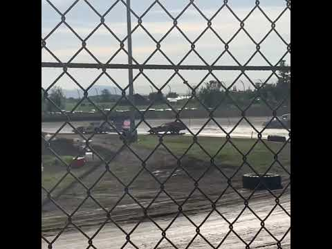 Tanner Krohling @ Willamette Speedway Heat 6/1/19