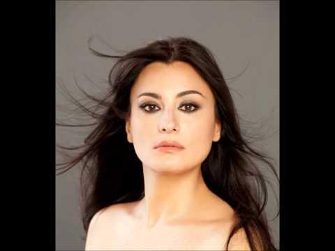 "Carmela Remigio - ""Malia"", Tosti (2003)"