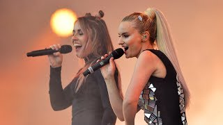 Download Clean Bandit - Symphony (Radio 1's Big Weekend 2017) Mp3 and Videos
