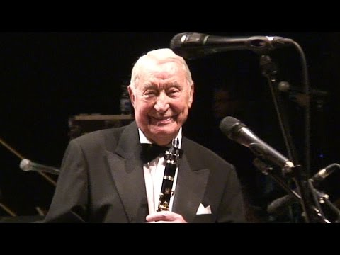 HUGO STRASSER - Petite Fleur (Big Band / Deutsches Theater 2015)