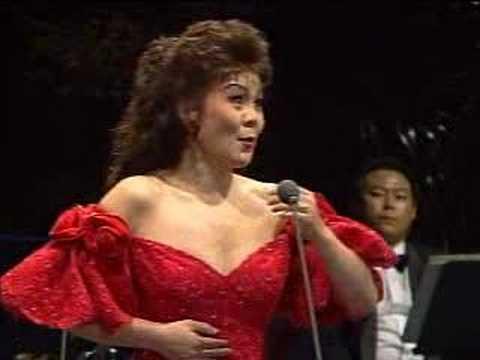 Hei Kyung Hong sings 'Mi chiamano Mimi' in La Boheme