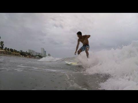 Acapulco's surfers seek to escape crime wave
