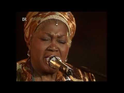 Odetta -  If I had a hammer - Live 1993
