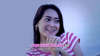 Nanda Feraro Feat Vita Kembange Ati