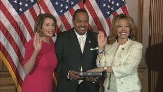 Lucy McBath sworn in to U.S. House of Representatives