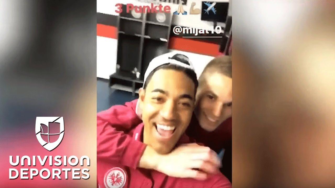 Así celebró Marco Fabián su doblete en el camerino del Eintracht Frankfurt