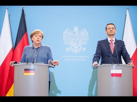 Mateusz Morawiecki podczas wspólnej konferencji prasowej z Angelą Merkel w Warszawie