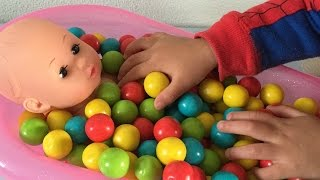 Baby Doll Bath Time In Gumballs Pretend Play