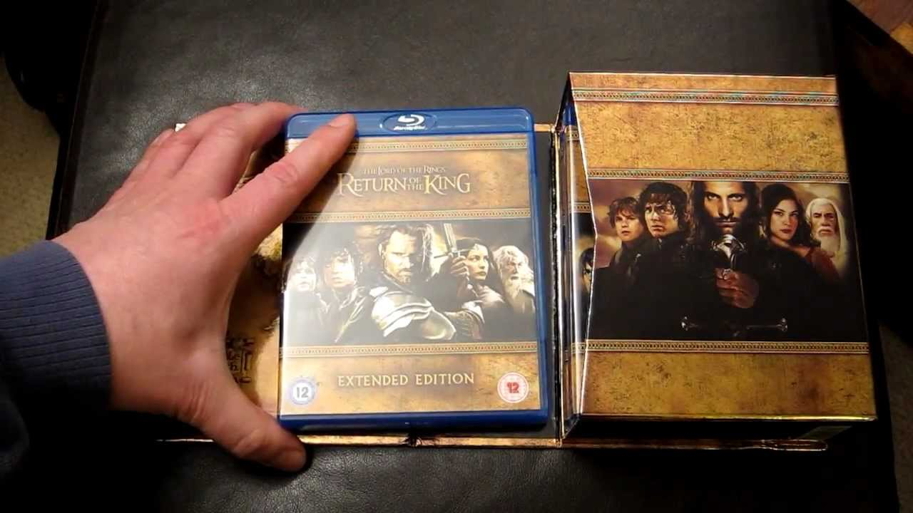Hands on Review - Lord of the Rings Blu-Ray box sets  LOTR Extended +  Standard Box Set editions