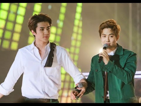 EXO 'First Love' HUNHO MOMENT