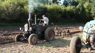 Historisches Pflügen mit Lanz Bulldog 2012
