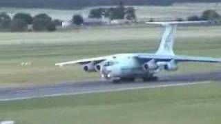 Russian (okay Ukrainian actually) Plane uses ALL of Canberra Airport's Runway
