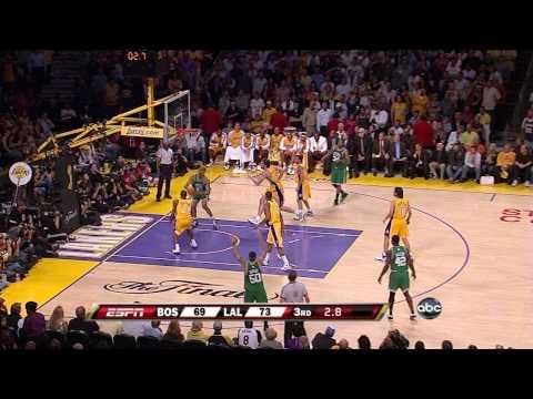 PJ Brown Dunks on Kobe Bryant!!! (6.12.08)