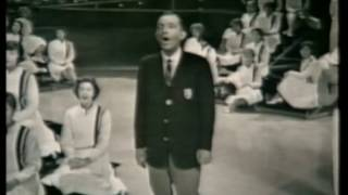 Bing Crosby - Shenandoah (Across The Wide Missouri)  - with the Young Americans