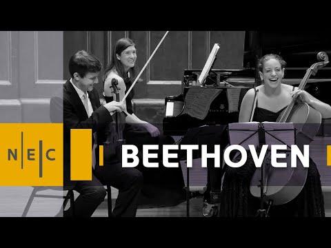 Beethoven: Piano Trio in E-flat major, Op. 70, no. 2