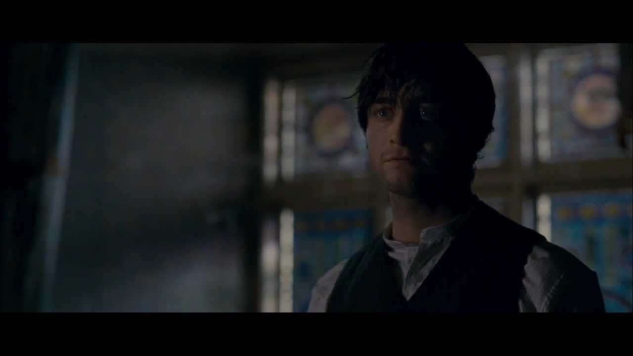 "the woman in black movie clip ""lights out"" official 2012 [hd] - youtube"