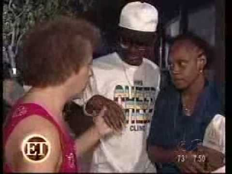 Richard Simmons on ET