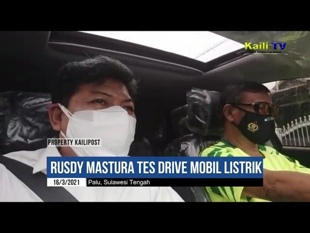Gubernur Sulteng Mencoba Mobil Listrik