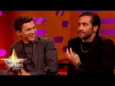 Jake Gyllenhaal Convinces Tom Hanks That Marvel CGI'd His Vomit Out Of Spider-Man