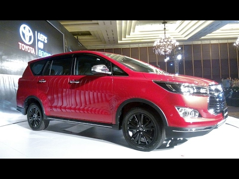 all new kijang innova venturer camry 2.5 l a/t hybrid toyota exterior and interior youtube