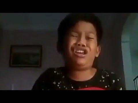 NGAKAK!!! Anak kecil nyanyi lucu..!!