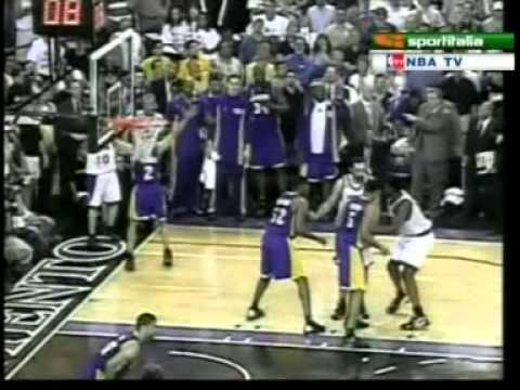 2002 WCF Game 5: Mike Bibby with the game winner