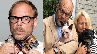 Just Weeks Before His Wedding, Alton Brown Revealed The Truth About His Fiancée