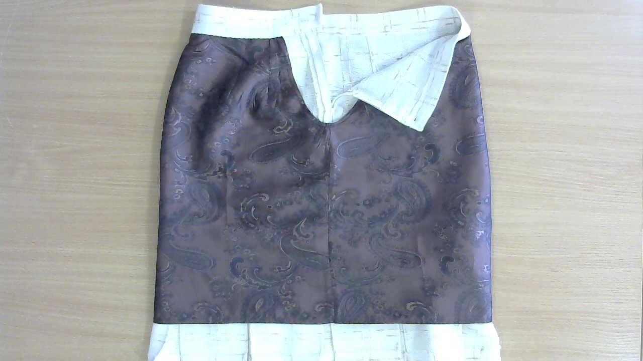 Пришить подкладку к юбке с обтачкой