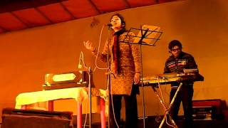 chol rastay saji tramline by Mrittika and Arindam.MOV
