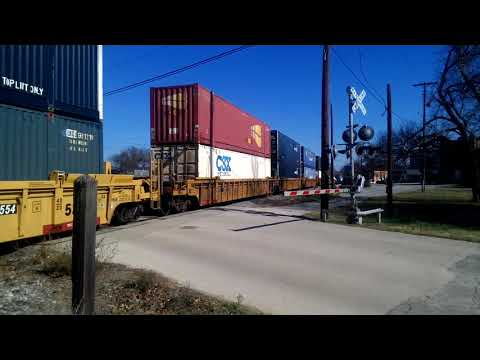 UNION PACIFIC STACKTRAIN. 12-23-2017 ATHENS,TEXAS.