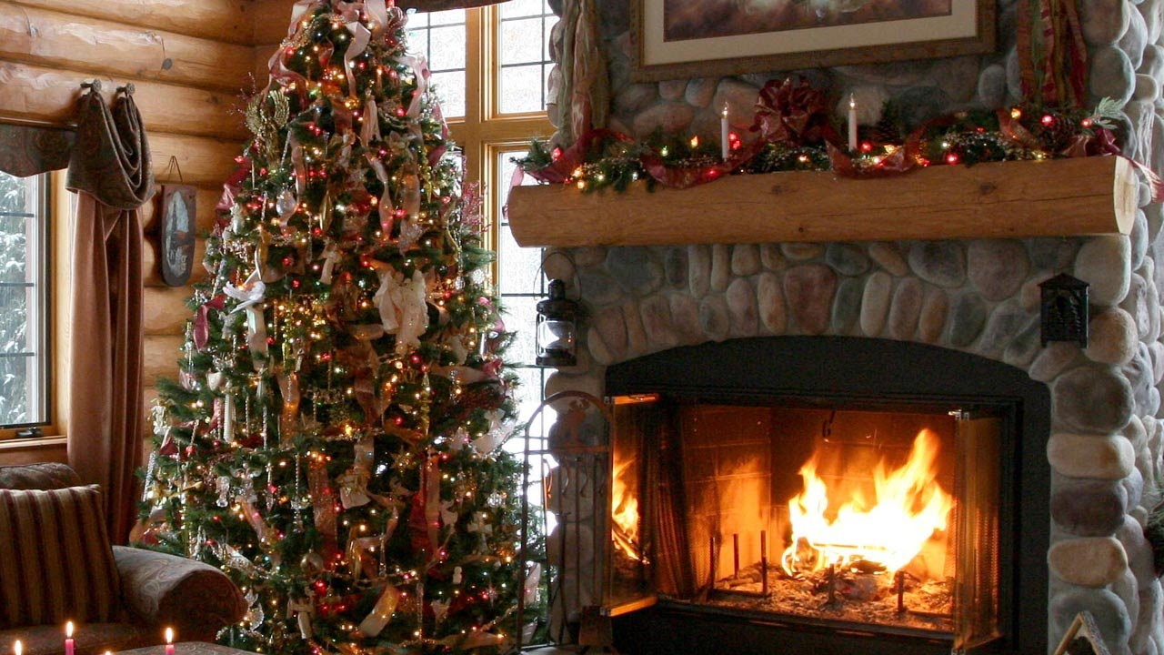 Log Home Christmas Decor beautiful photos of log home