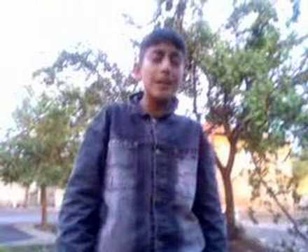 Turkish Kid Singing Dale Don Dale And Sentello- Must See !