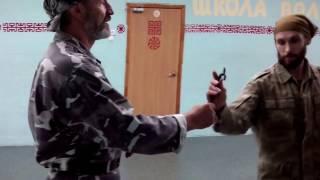 Занятие 5 Александр Руденко. Защита от ножа(Видеоуроки и еще много интересного видео и информации по Казачьему Спасу и Русскому рукопашному бою в груп..., 2016-07-22T18:43:14.000Z)
