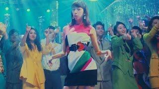 桐谷美玲が1980年代にタイムスリップ! ボディコン全盛期のディスコで、...