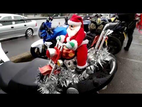 Ace Cafe Christmas Toy Run - 2015