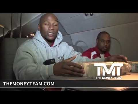 Floyd Mayweather Counting $1 Million Dollars