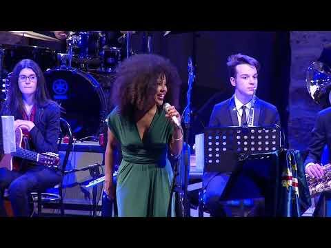 """Dedicated To Cesaria Evora"" Jerusa Barros E Brass Youth Jazz Orchestra - Real Teatro S. Cecilia"