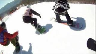 2011年 JSBA関東地区大会スノーボードクロス プロ選手による前走 岩垂かれん 検索動画 28