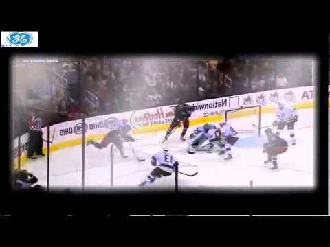 Jonathan Quick huge glove save on Dorsett   NHL 5   2   12