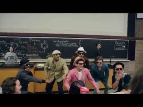 DORM TOUR 2015 from YouTube · Duration:  14 minutes 15 seconds