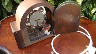 Antique Old  Wall Clock Electric Mantle Clock For Spare Or Repair * See Video *